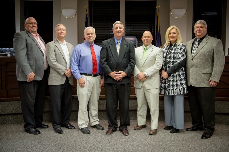 Mayor Eaton and the Shelbyville City Council (jpeg)